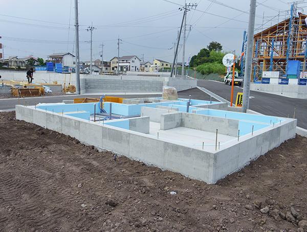 基礎コンクリート打ち完了‼