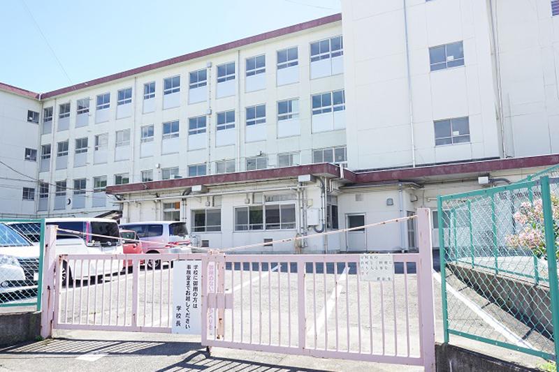 徳倉小学校
