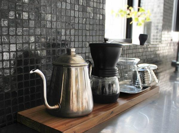 4.カフェ風インテリアをつくる4つのポイント。くつろぎの空間づくり_1