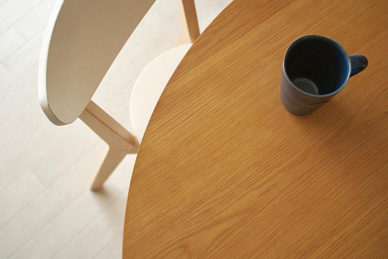 大人数の来客にも対応できる、サークルテーブル
