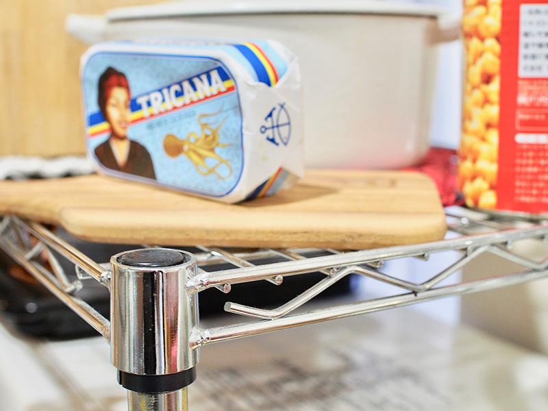 キッチンにスチールラック